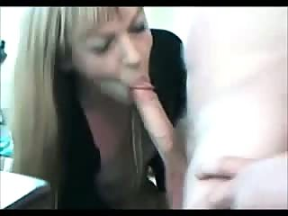 Blowing and fucking in front of webcam