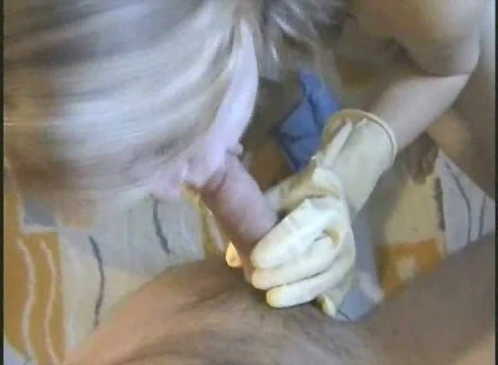 Amateur Busty Blonde Fuck On The Toilet