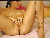 Teen Masturbates in Front of the Webcam
