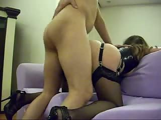 Latex lover fucked on couch
