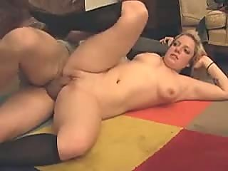 Blonde amateur chick gets fucked on the floor