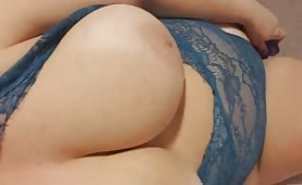 Solo Toy Fuck for Busty Skank