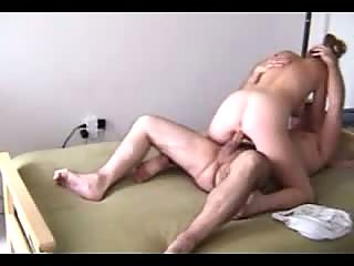 Couple starting in pose 69 then fucks