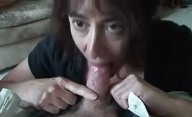 Lusty Mature Gives a Passionate Blowjob