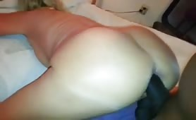 Tinder single mom wants BBC deep in her asshole