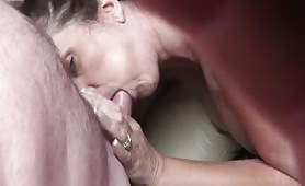Teasing Mature Gets a Creampie